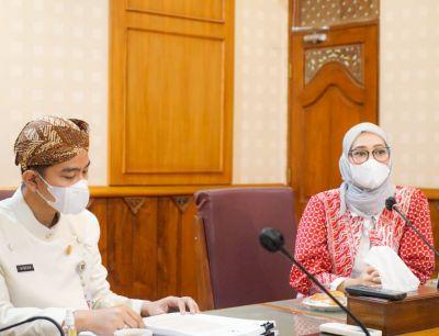 Stafsus Presiden Temui Walkot Surakarta Gibran Bahas Percepatan Vaksinasi Bagi Disabilitas